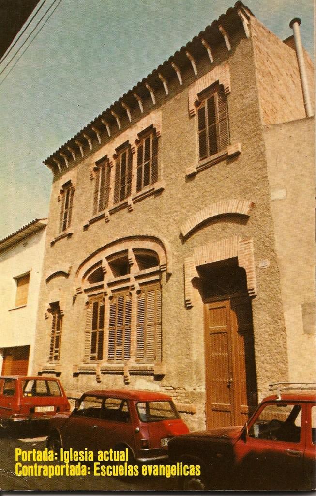 Cien años de historia_trasero